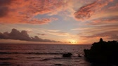 tanah lot : Sunset at Tanah Lot temple. Bali island Indonesia.
