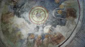 фреска : Fresco on the dome of the altar, scene of the communion. Jesus Christ gives his apostles bread and wine. Saint Nicholas church in Demre, Turkey. Стоковые видеозаписи