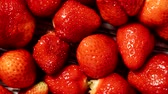 mezőgazdaság : Fresh strawberry fruits as food background 4K