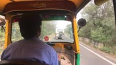 krottenwijk : Jaipur, India - Moto rickshaw movement part 3 4K Stockvideo