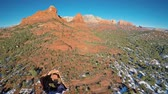 vibrante : Aerial view of Red Rocks and Devils Kitchen sinkhole in Sedona, Arizona in winter