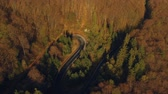 automóvel : Aerial view of the mountain road, at sunrise Stock Footage