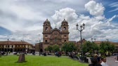 культурный : CUZCO, PERU, 08 FEBRUARY 2017: Dayview timelapce of Templo de la Compania de Jesus in Plaza de Armas, downtown Cusco Стоковые видеозаписи