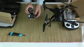 sabitleme : Videographer photographer testing new foldable drone gimbal with action camera Stok Video