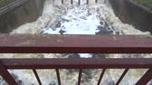 vodních : Water splash in old river lake dam after rains