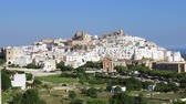 jellegzetes : Panoramic view of the fantastic white city of Ostuni in Puglia, Italy