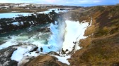 cortina : Gullfoss waterfall view and winter Landscape picture in the winter season, Gullfoss is one of the most popular waterfalls in Iceland and tourist attractions in the canyon of the Hvita river Iceland Vídeos