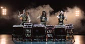 gürültülü : 4K, very epic performance of Japanese Taiko drummers on stage, various rhythm and movement, slow motion Stok Video
