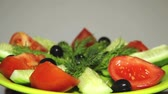 couve flor : Fresh vegetables on the plate, in a circular motion. Vídeos
