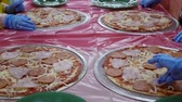 dziecko jedzenie : Children cook pizza. Master class for children on cooking pizza. Italian cuisine. Slow motion. Wideo
