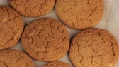 biscoitos : Macro Video of Healthy Food with Oatmeal Cookies or Oatcakes. Vegeterian Food Concept. Stock Footage