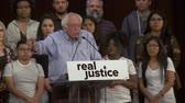 választotta : California Voters Lead Country. Bernie Sanders motivates voters for change. June 2nd, 2018 at the Rally for Justice in downtown Los Angeles, California.