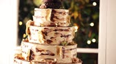 nyírfa : Gourmet tiered wedding cake at wedding reception.