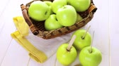 efeito : Apples ready to deeped in fresh caramel. Stock Footage