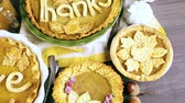 agradecimento : Homemade pumpkin pies with Autumn stamped leafs.