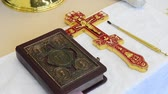 crista : Church attributes for the consecration ceremony. Attributes of the priest. Stock Footage