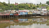 ludzik : Scene from castro city, Chiloe, chile Wideo