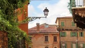 típico : Typical Street of the Historical Center of Verona , Italy, Europe Vídeos