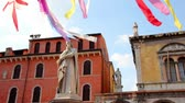 tarihsel : Piazza Signori and Dantes Monument in the Historical Center of Verona, Italy