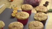 confiture : Cupcakes without decoration during cooking