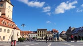 piata : BRASOV, ROMANIA - NOVEMBER 01, 2017: view of the main square of romanian town Brasov