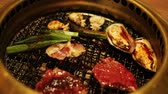 asya mutfağı : Korean style barbecue with meat and seafood