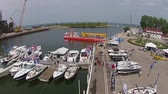ferrugem : Boat show boats in a marina on lake Michigan