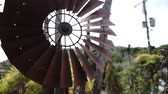 estanho : Tinplate windmill video Stock Footage