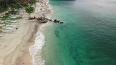 lagune : BALI, INDONESIA - DECEMBER 29, 2018: Aerial view flying over the tropical virgin beach, Bali island. Asia.