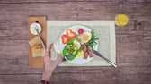 сердечный : Breakfast with fried eggs and bacon. Stop motion, top view. 4K