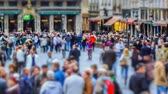 bruxelas : v25. City pedestrian traffic time lapse of busy Brussels shopping area. Stock Footage