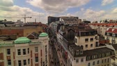 bruxelas : v32. City pedestrian traffic time lapse of busy Brussels shopping street and cityscape. Stock Footage