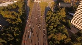 congestionamento : Atlanta Aerial v98 Flying low over freeway panning down.