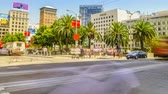přídatný : San Francisco, California, United States - August 17, 2016: time lapse of Union Square in downtown San Francisco. Popular for shop fashion clothing and accessories. People, traffic and famous stores Dostupné videozáznamy