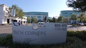 google campus : Sunnyvale, California, United States - August 13, 2018: Google Tech Corners Sign at entrance of Google New Campus in Sunnyvale, Silicon Valley. Stock Footage