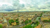 parisiense : 360 degrees skyline aerial view of Paris in France with the Tour Eiffel tower and Pont Saint-Michel bridge on Senna river, from top of the church Notre Dame of Paris, France.