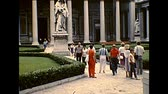 coliseu : ROME, ITALY - circa 1986: statue of Saint Paul made of Carrara marble by Giuseppe Obici. Basilica of Saint Paul Outside the Walls. Historical archival of Rome capital of Italy in the 1980s. Stock Footage