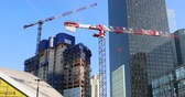 построен структуры : Paris, France - October 16, 2018: Time Lapse Of The Trinity Tour, Skyscraper Under Construction With Crane Construction, District Of The Defense, Paris, France, Europe - DCi 4K Resolution Стоковые видеозаписи