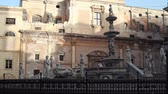 PALERMO, ITALY -DECEMBER, 20: View of Fontana delle Vergogne in Piazza Pretoria on December 20, 2016 Vídeos