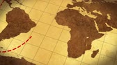 boussole : Vintage Map Of The World with animated route Vidéos Libres De Droits