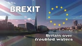 оставаться : Brexit logo animated video concept with flag, title and EU flag stars. Background London river Thames view, while brexit and Britain over troubled waters titles are superimposed above British flag.