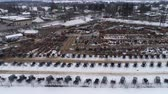 leilão : Aerial View of Getting Ready for an Amish Winter Mud Sale Vídeos