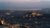 akropol : view of Athens and the Acropolis from the Mount Lycabettus Stok Video