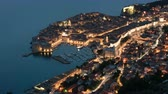 ドゥブロブニク : Day to night time-lapse footage of the old town of Dubrovnik, one of the most famous tourist destinations in the Adriatic Sea
