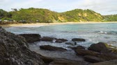 surfen : Shelly beach in Nambucca Heads in Australia in the summer Stock Footage