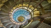 schody : Spiral staircase inside Arc de Triomphe in Paris, zoom in