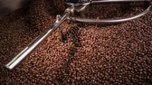 coffee machine : Mixing roasted coffee Stock Footage