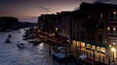 nagy : Tour boats traveling on Grand canal near Rialto bridge Venice Veneto Stock mozgókép