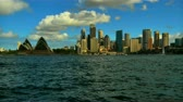 Sydney Opera House en CitySkyline Stockvideo