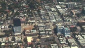 zábava : Flying from West to East along the world famous Sunset Strip in West Hollywood, California. Dostupné videozáznamy